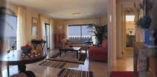 2 Beds 2 Baths Apartment for Sale in Puerto De La Duquesa 239, 000