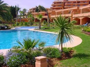 Townhouses for Sale Estepona - 3 Beds 2 Baths 541, 000