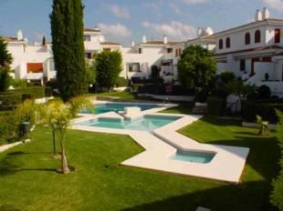 Townhouses for Sale Estepona - 3 Beds 2 Baths - 325, 000