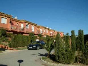 Townhouses for Sale Estepona - 3 Beds 2 Baths - 295, 000