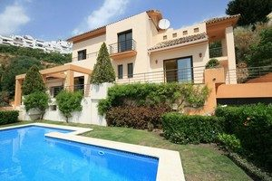 Spanish Villas M2126
